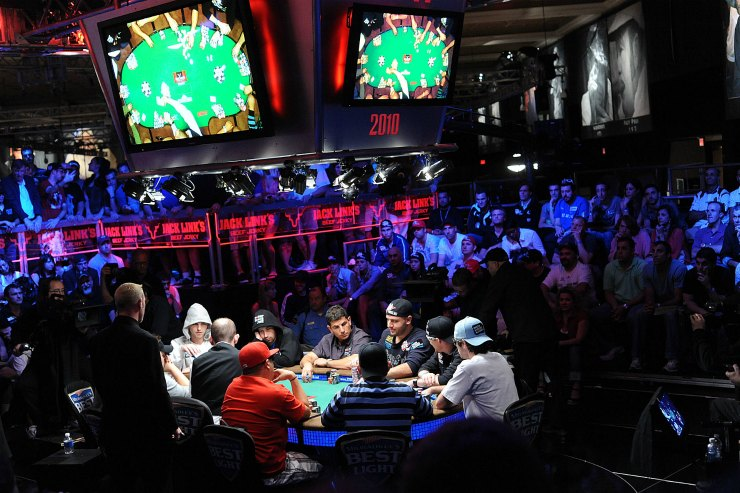 2010 Main Event Ten-Handed Final Table