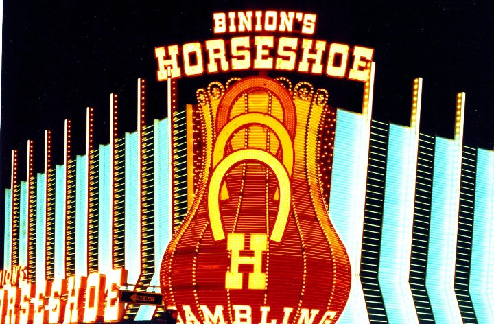 Photo credit: Binions Horseshoe, VasenkaPhotography, CC BY 2.0, Wikipedia.org