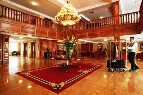 Lobby de l'Hôtel Citywest