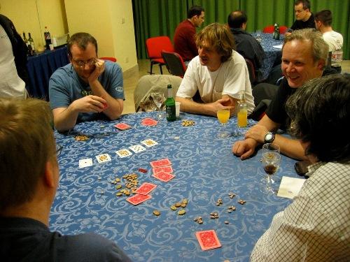 Экшн за покерным столом