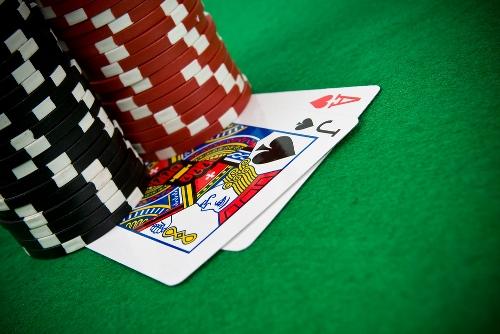 online casino poker hearts spielen